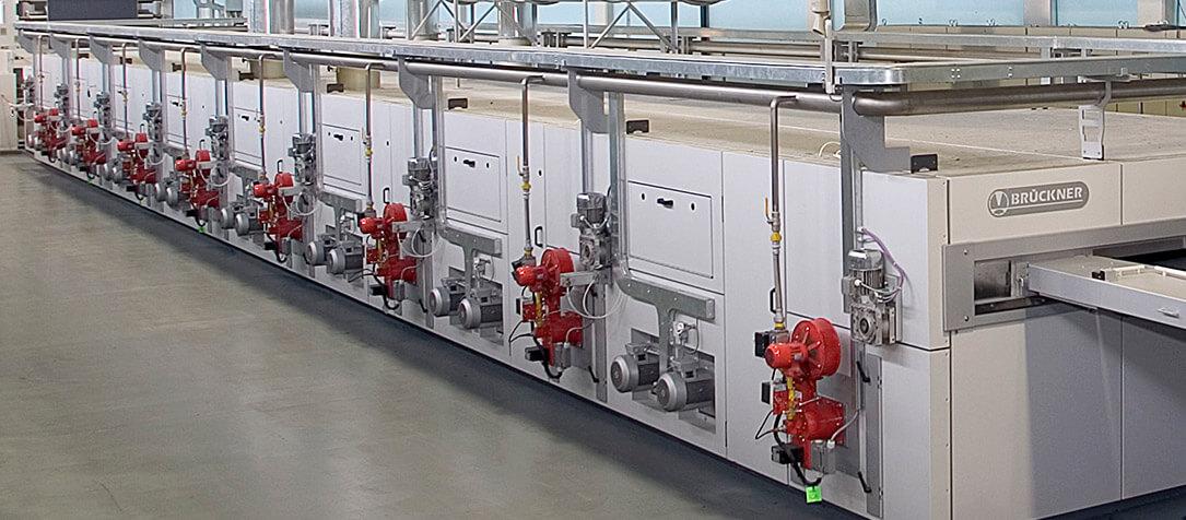 POWER-FRAME stenter for technical textiles - Brückner Textile Machinery